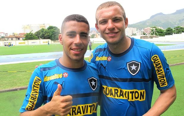 Gabriel e Marcelo Mattos Botafogo (Foto: Fabio Leme)