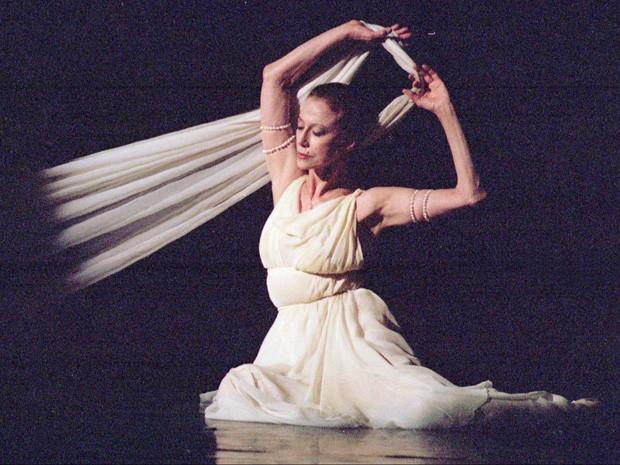 A bailarina ucraniana Maya Plisetskaya  (Foto: Efrem Lukatsky/AP)