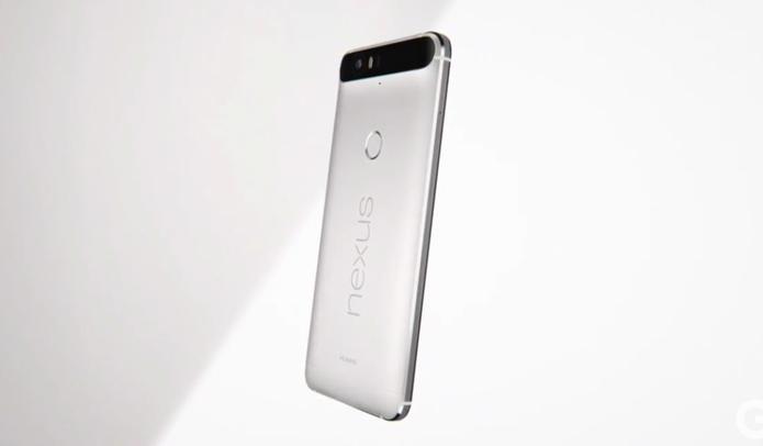 Nexus 6P é menor e mais fino, mas bateria teve melhora em relação ao antecessor (Foto: Reprodução/Google)