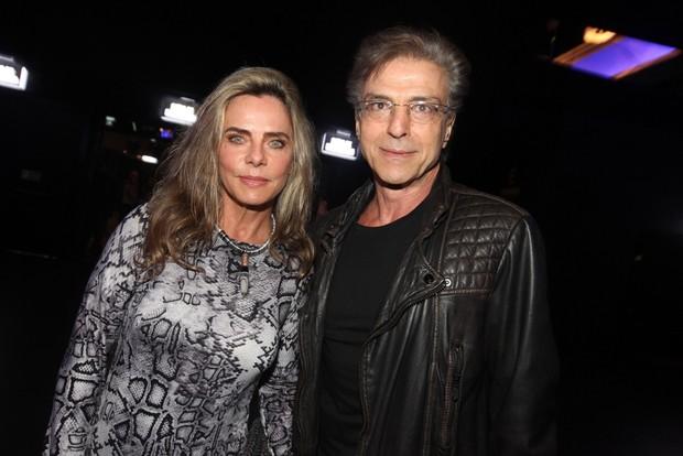 Bruna Lombardi com o marido (Foto: Leo Franco / AgNews)