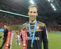 Cech estreia, Arsenal bate Everton e fatura torneio amistoso em Cingapura