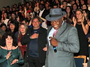 Dom sempre próximo ao público (Foto: Divulgação)