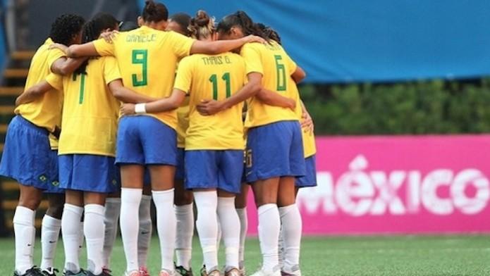 Aabaixo assinado pela profissionalização do futebol feminino teve mais de 20 mil assinaturas (Foto: Reprodução/Change.org)
