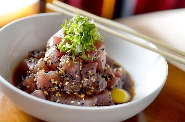 Receita de tataki de atum (Foto: Tadeu Brunelli/Divulgação)