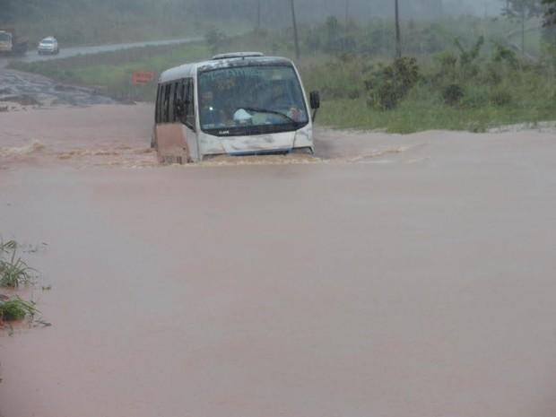 transamazônica medicilândia alagamento (Foto: Wilson Soares/ TV Liberal)