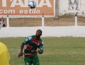 Volante Flavinho é o mais novo reforço do Santa Cruz-RN (Foto: Santa Cruz-RN/Divulgação)