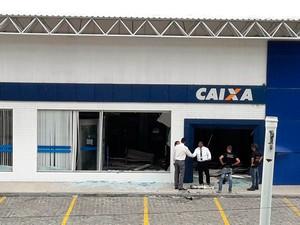 Agência da Caixa Econômica foi explodida pela segunda vez em menos de dois meses (Foto: Juliana Cavalcante/TV Bahia)