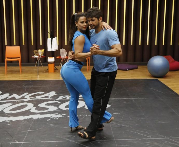 Viviane Araújo e Marcelo Grangeiro (Foto: Fábio Rocha / Gshow)