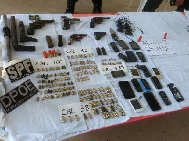 Secretário de Justiça quer identificar os proprietários das armas. (Foto: Divulgação / Sejuc)