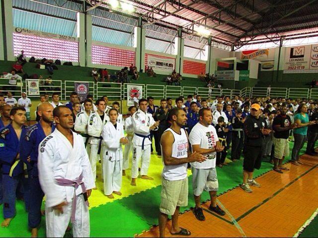 Equipe de Jiu Jitsu Aguia Dourada de Bom Despacho (Foto: Julia Helen/ Arquivo Pessoal)