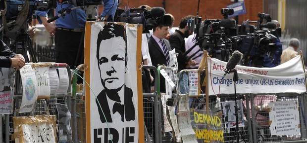 Equador decide nesta quinta-feira (16) pedido de asilo político de Julian Assange (Foto: Photo/Sang Tan)