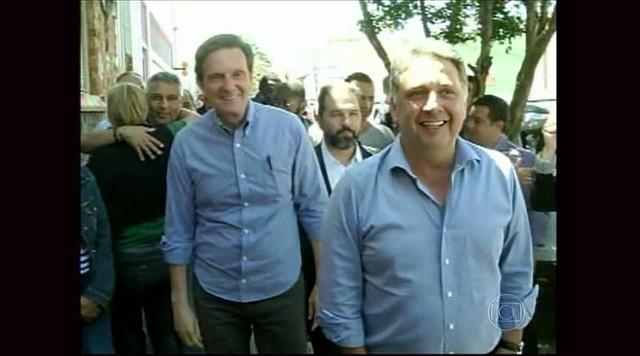 Marcelo Crivella formaliza aliança com Anthony Garotinho