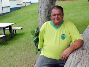 Raimundo, dono de um dos restaurantes do vilarejo. (Foto: Pedro Ângelo/G1)