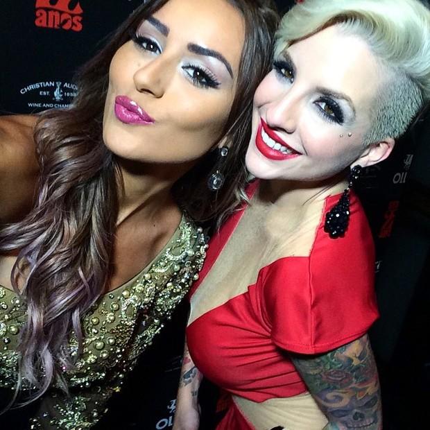 Ex-BBBs Leticia e Clara em festa em São Paulo (Foto: Instagram/ Reprodução)