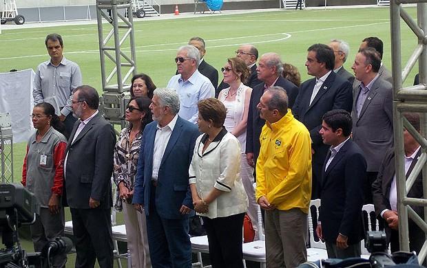 Dilma Rousseff presidente na arena fonte nova (Foto: Eric Luis Carvalho)
