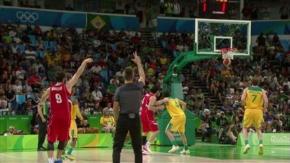 Melhores momentos: Austrália 61 x 87 Sérvia pela semifinal do basquete masculino