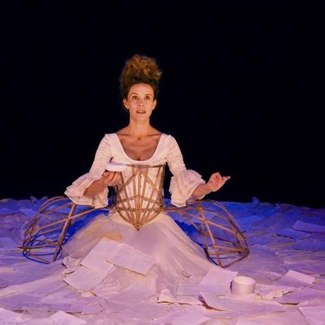 Daniela Galli na peça 'The other Mozart' (Foto: Pedro Jardim de Mattos)