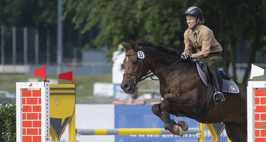 salto para o pódio (AP Photo/Axel Schmidt)