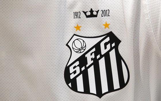 dfc61ea816edc Uniforme do Santos produzido pela Nike (Foto  Ricardo Saibun   Santos FC)