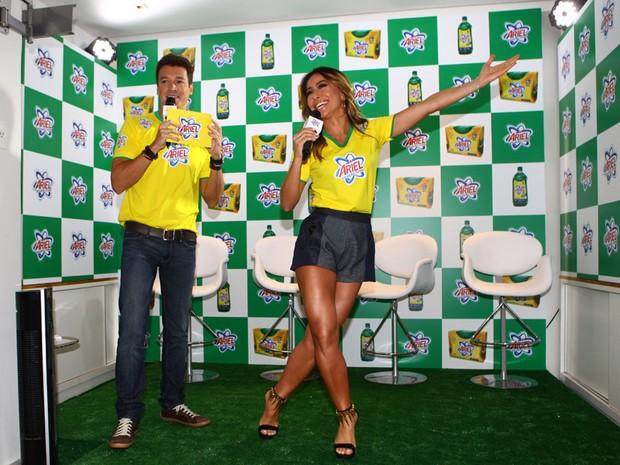 Rodrigo Faro e Sabrina Sato (Foto: Iwi Onodera/EGO)