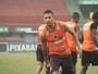 Precavido, Léo Silva pede atenção e paciência contra o Volta Redonda