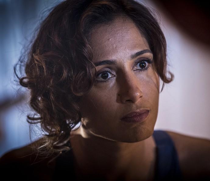 Tereza coloca Carlos contra a parede (Foto: Inácio Moraes/Gshow)