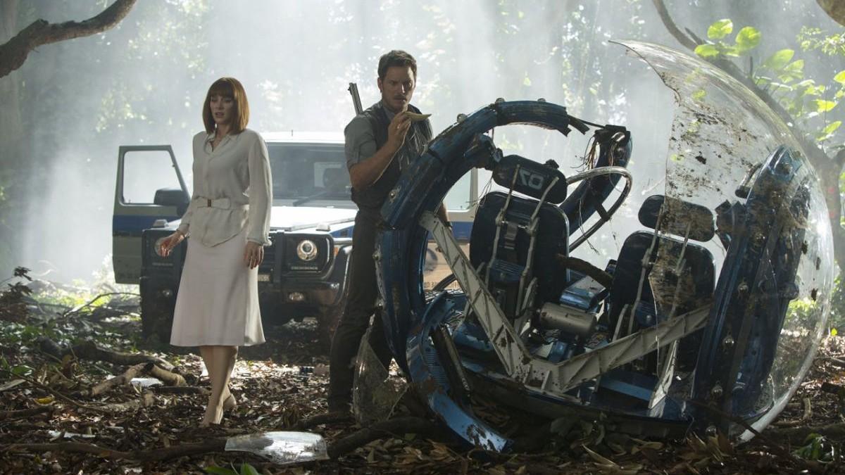 Bryce Dallas Howard e Chris Pratt em 'Jurassic World' (Foto: Divulgação )