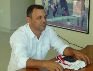 Zeca do Grão de Ouro, parceiro de Aloísio Chulapa (Foto: Denison Roma / Globoesporte.com)