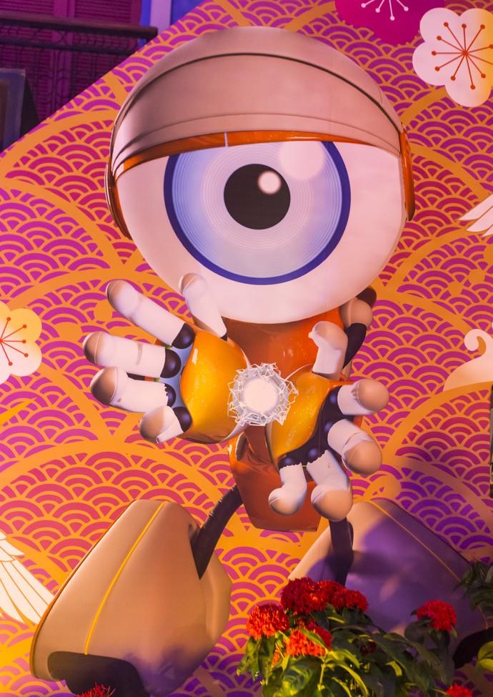 RoBBB todo trabalhado nas artes marciais nipônicas estava em um dos painéis da festa (Foto: Artur Meninea/Gshow)