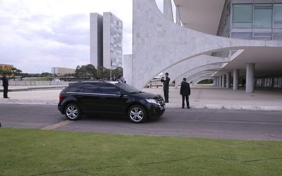 A presidente Dilma Rousseff chegou ao Palácio do Planalto na tarde desta quarta-feira (11) para acompanhar a votação do impeachment (Foto: Valter Campanato/Agência Brasil)