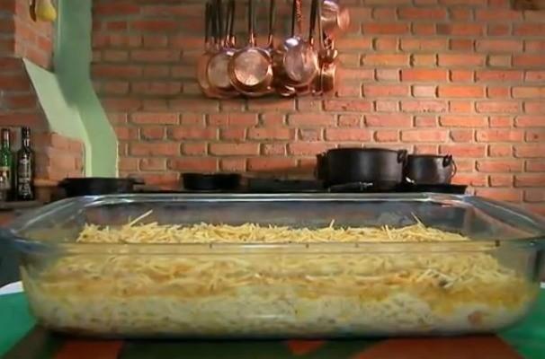 Nosso Campo ensina a fazer uma receita de família: o fricassê de frango (Foto: Reprodução/TV TEM)
