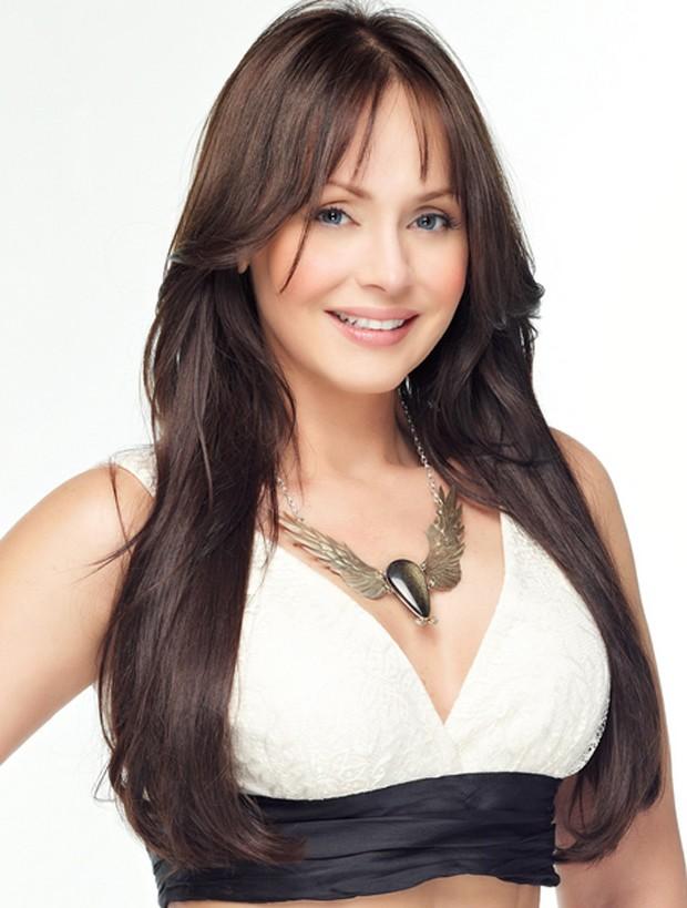 Gaby Spanic caracterizada como a personagem Alma, de 'La Otra Cara del ...