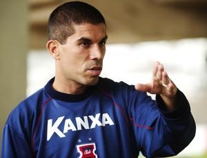 Ricardinho, técnico do Paraná, em entrevista (Foto: Marcos Ribolli / Globoesporte.com)