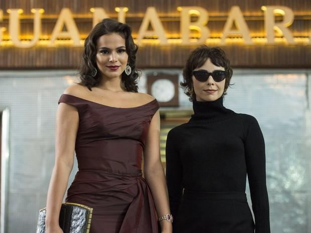 Bruna Marquezine e Débora Falabella em ação em Nada será como antes (Foto: Estevam Avellar/ Globo)