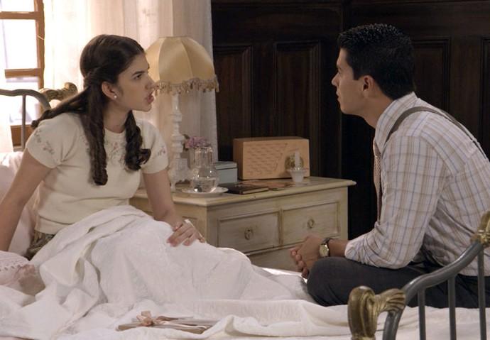 Gerusa quer que o namorado fale a verdade (Foto: TV Globo)