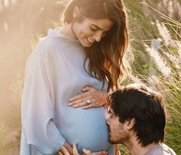 Nikki Reed e Ian Somerhalder já são pais