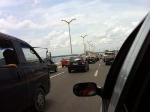 Mais de 20 mil veículos passaram pela Ponte (Foto: Onofre Martins)