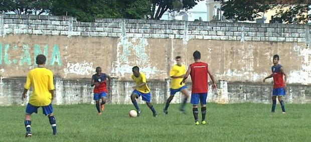 Francana treina para Copa São Paulo (Foto: César Tadeu / EPTV)