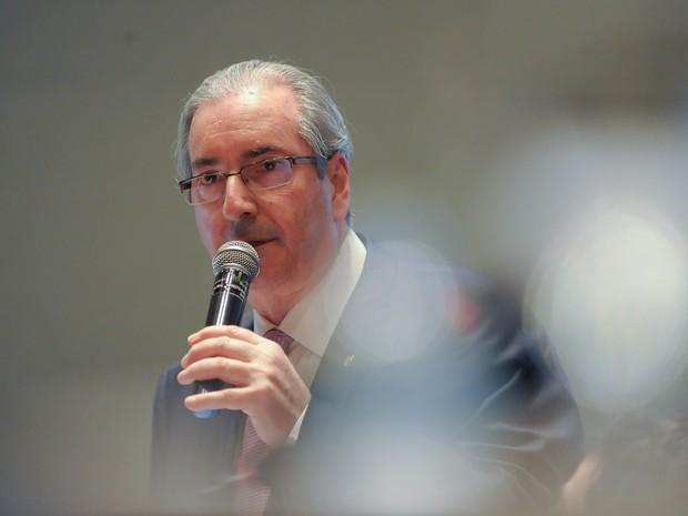 O presidente da Câmara dos Deputados, Eduardo Cunha, encerra o 5º Congresso Fluminense de Municípios, em Copacabana (Foto: Fernando Frazão/Agência Brasil)