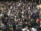 Governo consegue manter 26 vetos de Dilma após votação no Congresso