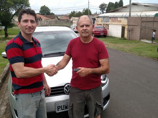 O corretor de imóveis Antonio Miranda pedoiu consultoria na hora de trocar o carro por uma mais econômico (Foto: Arquivo pessoal)