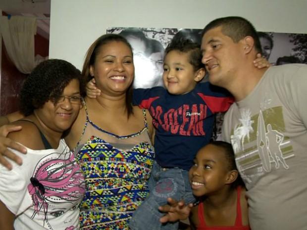 Família reunida (Foto: Reprodução/ TV Gazeta)