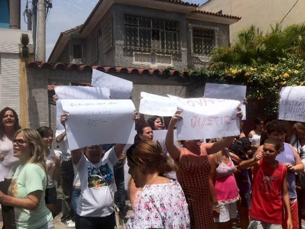 Donos de animais protestam  (Foto: Alba Valéria Mendonça/G1)