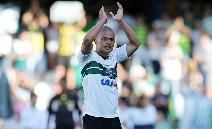 Coritiba x Bahia, Alex se despede do futebol  (Foto: Heuler Andrey / Getty Images)