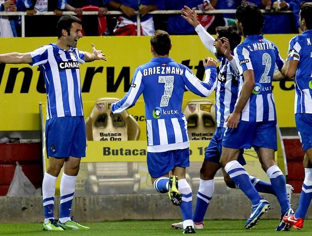 Agirretxe real sociedad gol Sevilla (Foto: Agência EFE)