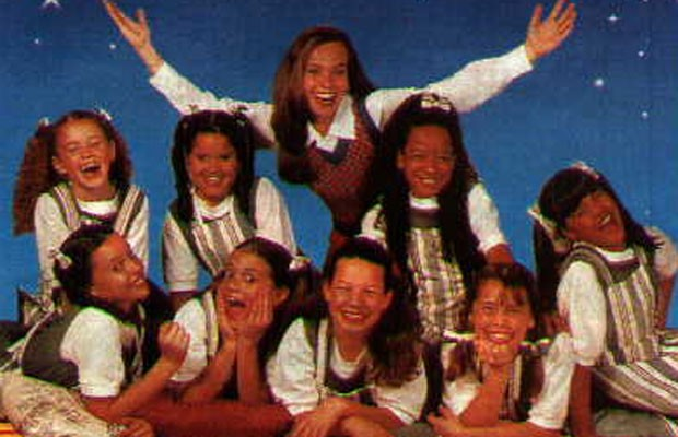 Uniforme da versão de 1997 tinha predomínio das cores verde e branca (Foto: Reprodução)
