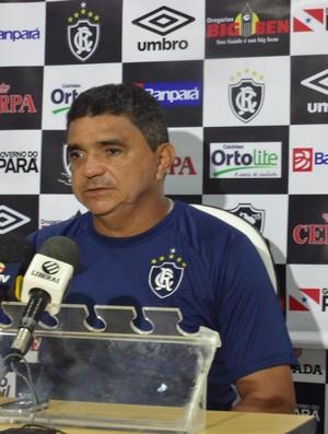 Flávio Araújo técnico Remo (Foto: GLOBOESPORTE.COM)