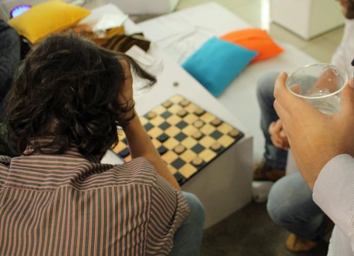 Aspirantes a brother jogando e participanda das atividade da Produção do BBB (Foto: Gshow)