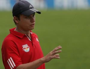 Fernando Seabra, técnico do Red Bull Sub-20 (Foto: Divulgação/RedBullBrasil)