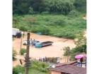 Chuva na Serra alaga casas e deixa desabrigados em Petrópolis, no RJ